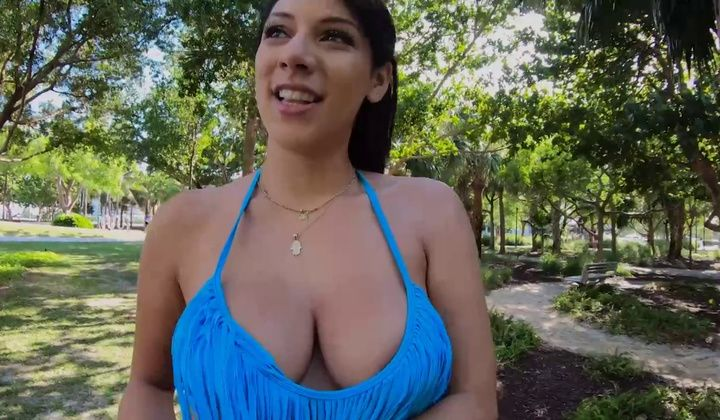 Valentina Jewels Poked Outdoor