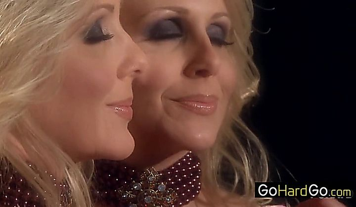 Julia Ann Fucking Herself Porn Hd